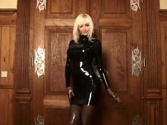 Эротика блондинки в обтягивающем платье