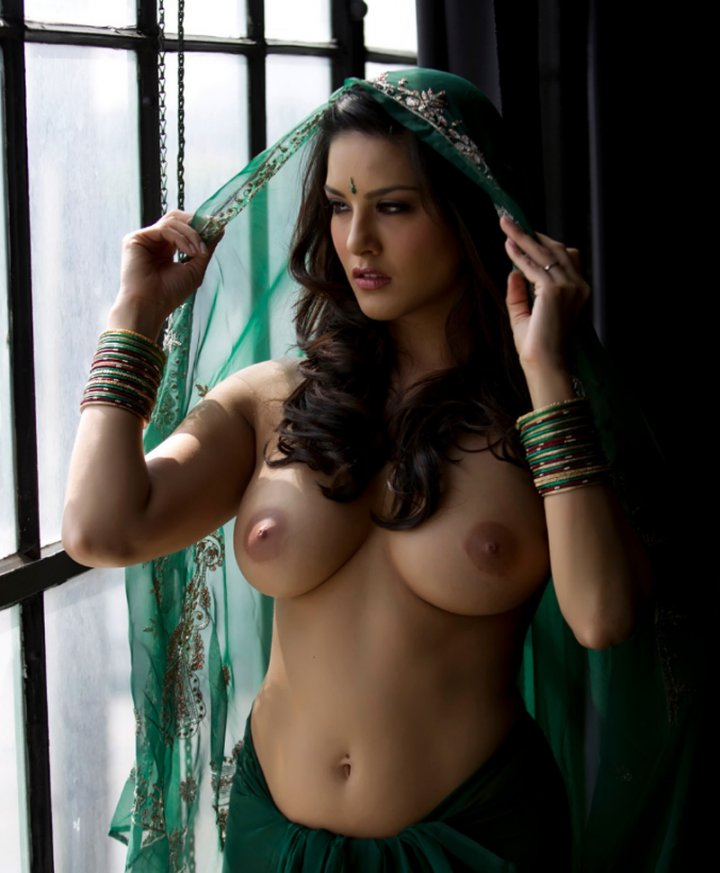 Busty nude middle eastern girls