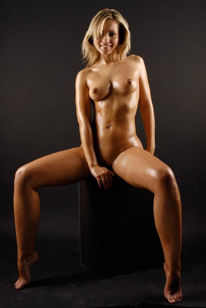 stars-nude-female