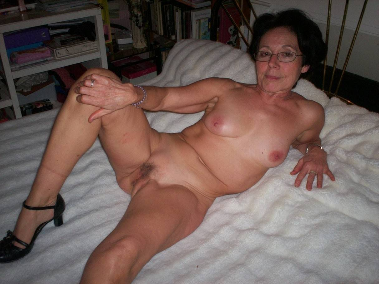 Fat naked old women