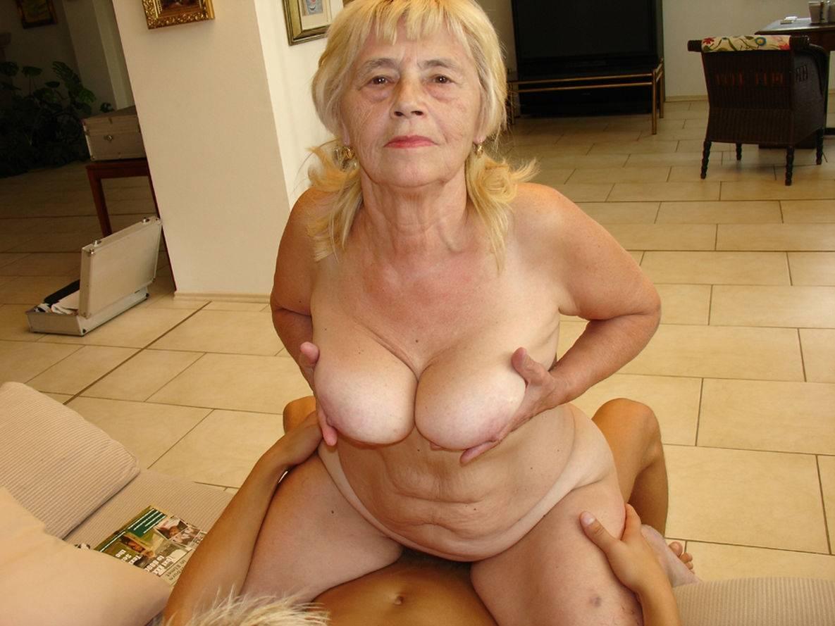 Grannies, mummies posing nude