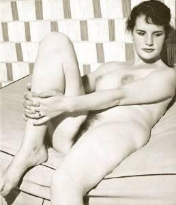 Винтажное ню фото девушек 60-х годов